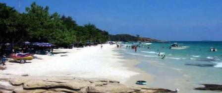 Koh Samet Beach for Snorkeling and Scuba Diving